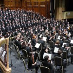 Full choir, orchestra and soloists